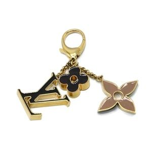 100% Auth Louis Vuitton Key Holder/Charm Fleur De